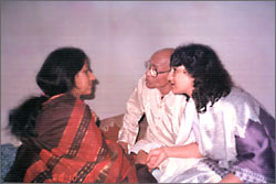 Discussions with Smt. Kishori Amonkar and Pt. Mallikarjun Mansur